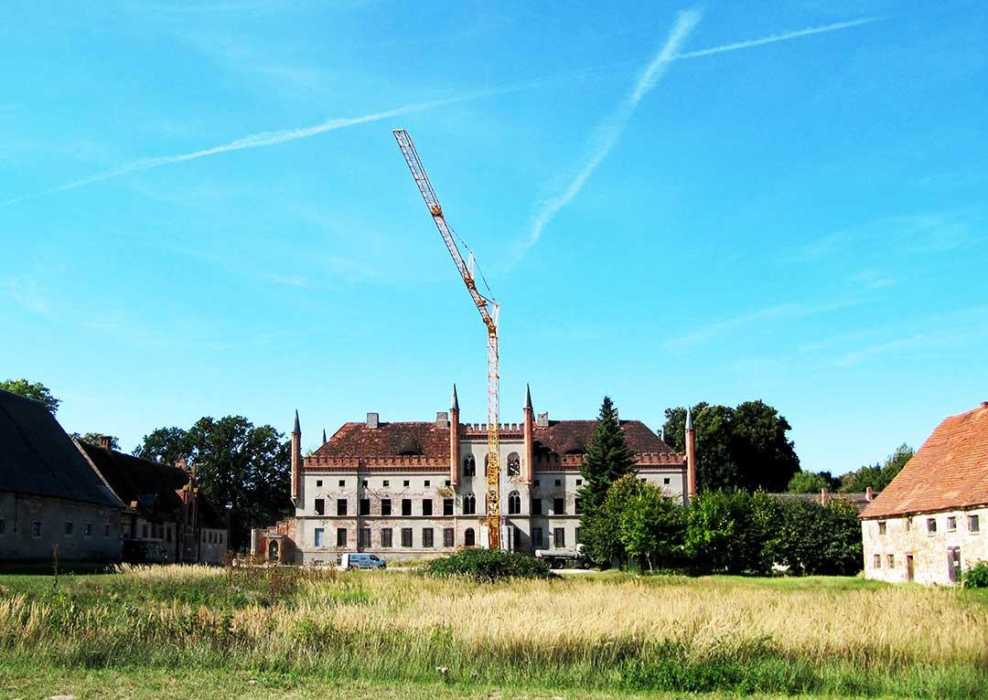Broock Baukran auf Schloss Broock