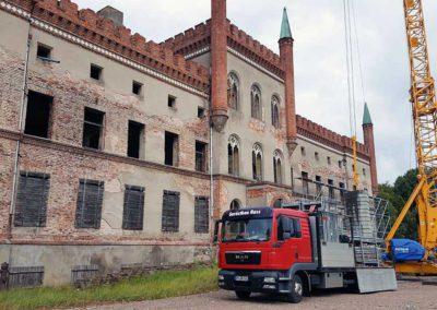 Schloss Broock wird eingerüstet
