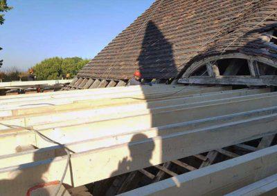 Die Arbeiten am Notdach schreiten voran