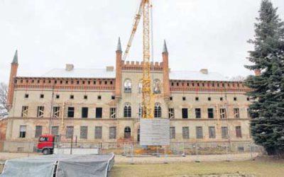 Rettungsteam berichtet über Schloss-Zustand