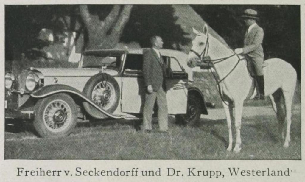 """Hans von Seckendorff mit seinem Horch 470 Sportcabriolet, aus dem Magazin """"Das Leben"""", 1932."""
