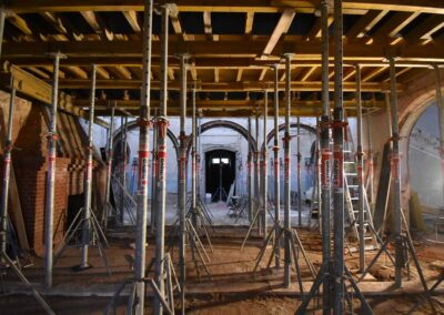 Aufbau der Schalung in der Eingangshalle