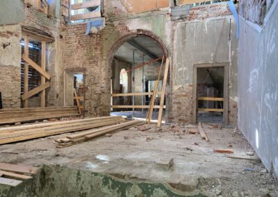 Ansicht der fertigen Geschossdecke über dem Erdgeschoss des Mitteltrakts
