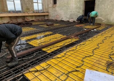 Die Bewehrung der Decke über der oberen Halle