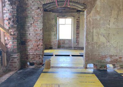 Aufbau der Schalung in der westlichen Zimmerflucht des Nordflügels